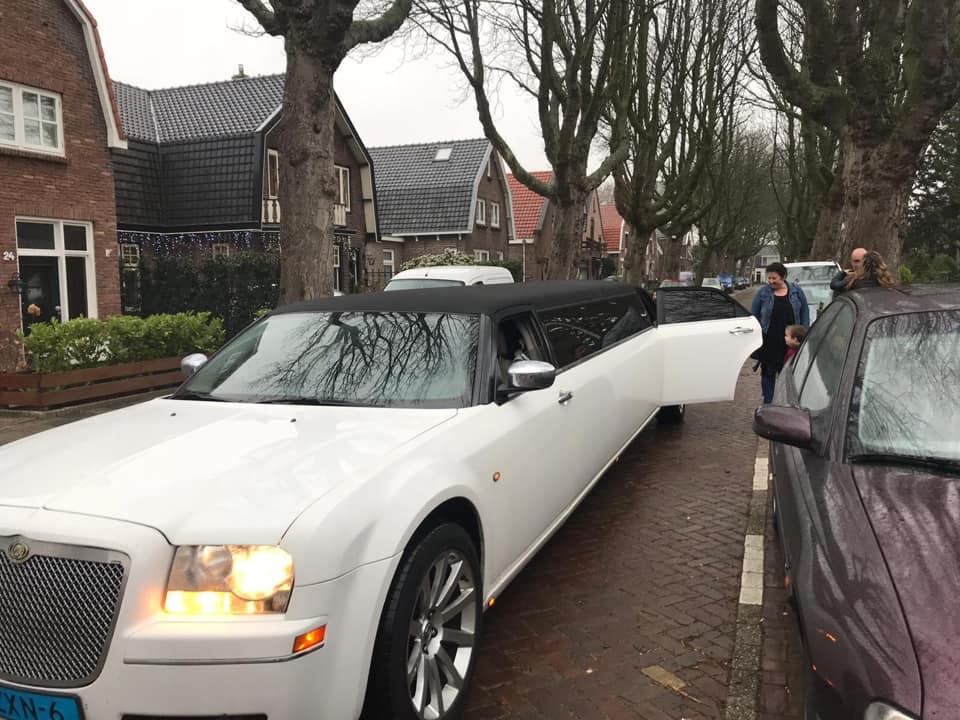 Duba limousine